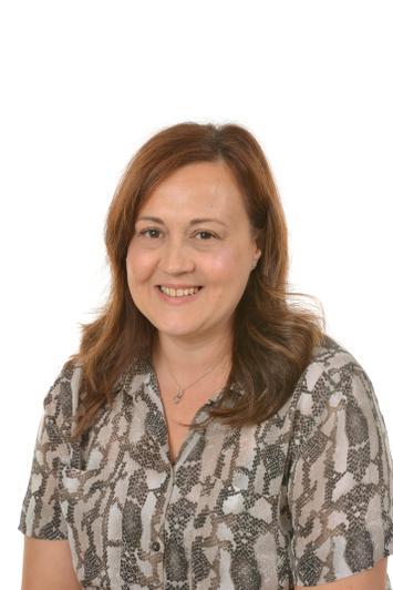Mrs Helen Cosby - Wrens Teacher