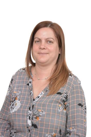 Mrs Emma Osbourne - Year 2 TA KW