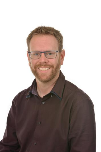Mr Peter Bellamy - Year 4 TA DR