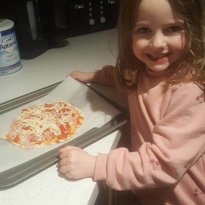 Annie's Pizza!