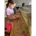 Freya using buttons to make her arrays