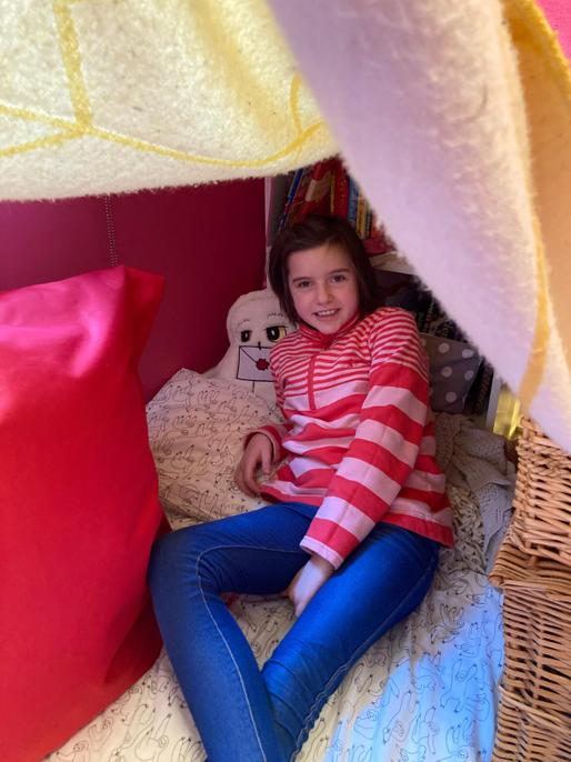 What a super den! I hope you enjoyed making it and getting cosy in it.