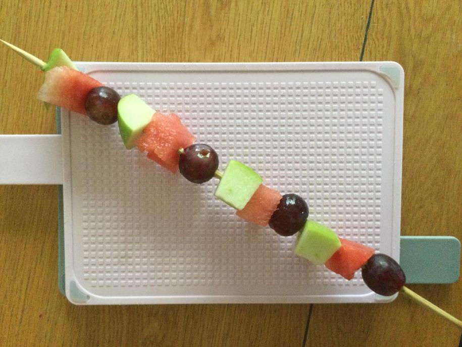 Lovely presentation, John! Very evenly chopped fruit.