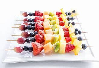 Fruit kebabs (15)
