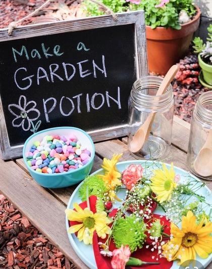 Make a garden potion (14)