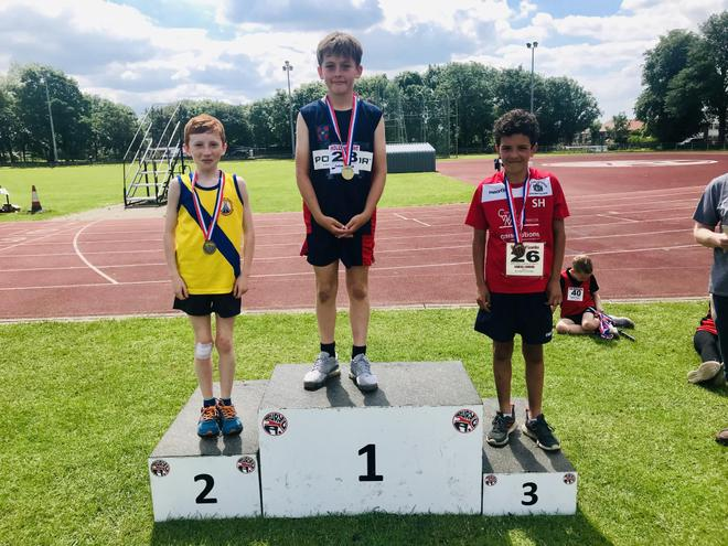 2nd place 600m Running