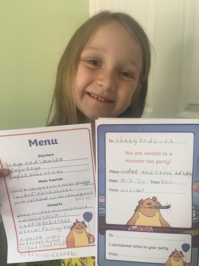 A delicious menu from Amelia! 🕷🐌