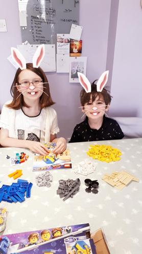 🐇Fergus and Emily loving their Lego.