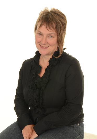 Mrs Venus - Advanced Teaching Assistant - Art