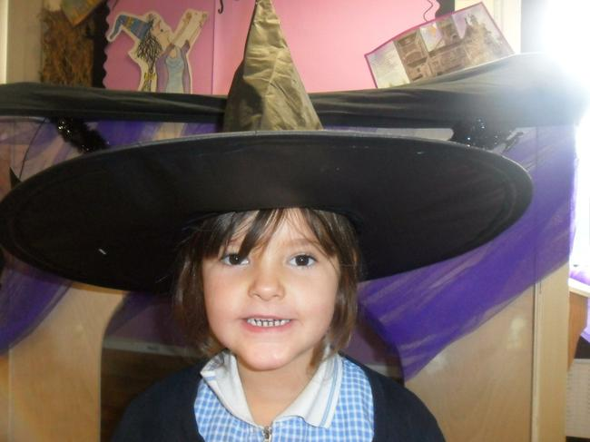 Winnie the Witch role play !
