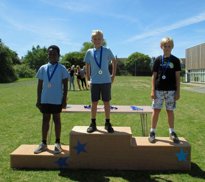 Year 5 Boys Short Race Winners