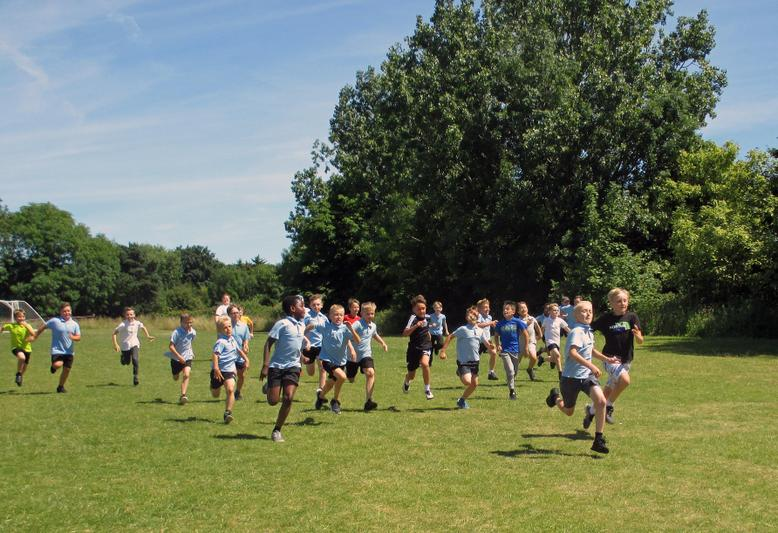 Year 5 Boys Short Race