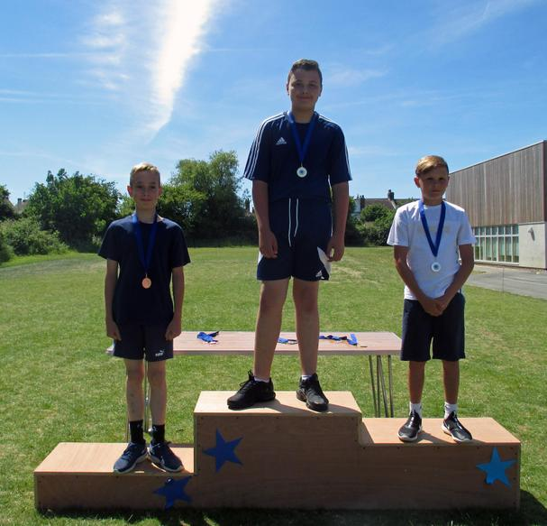 Year 6 Boys Short Race Winners