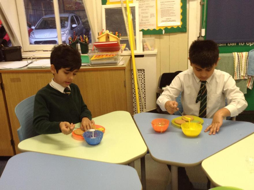 We used different coloured sprinkles.