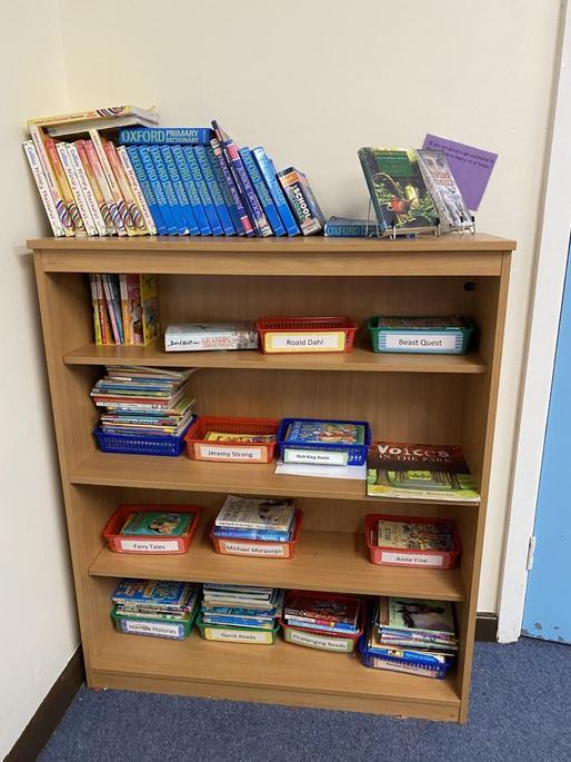 4EW - Book corner