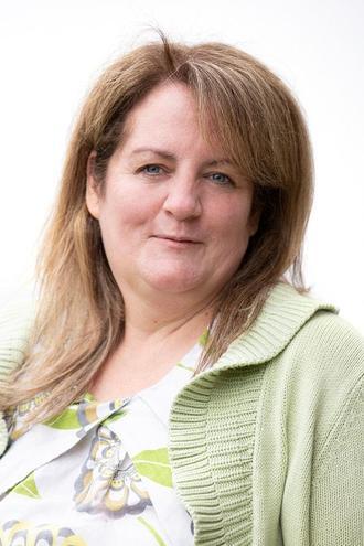 Julie Frier, Kids Kapers Manager