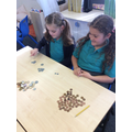 using different coins to make the same amount