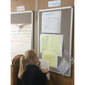 English - using working wall to check prepositions
