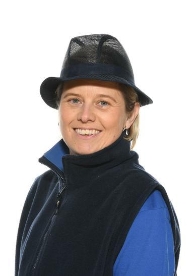 Mrs P Bryant - Kitchen Assistant
