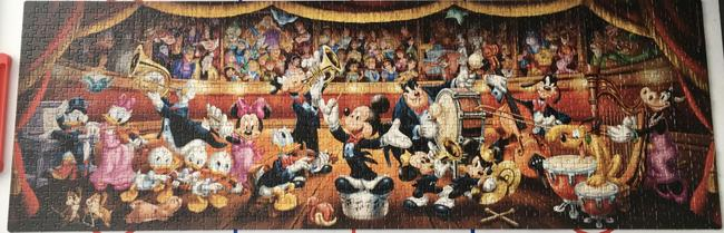 There are 1000 pieces in this jigsaw.