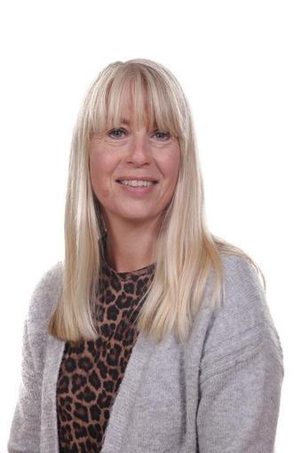 Mrs Paula Barrow Starkey - Teaching Assistant
