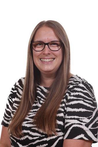 Mrs Amelia Woodward - Deputy Head/Y4 Teacher