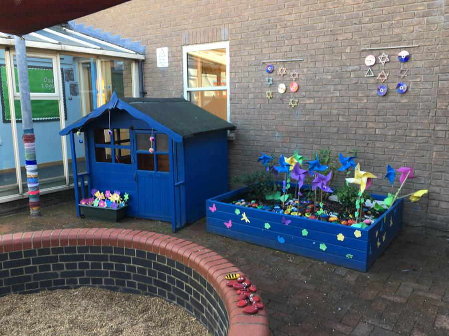 Hardwick outdoor areas