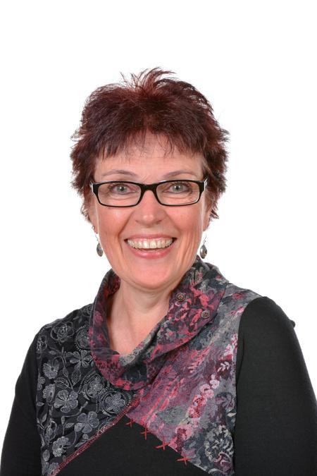 Mrs Willett - Reception Lead