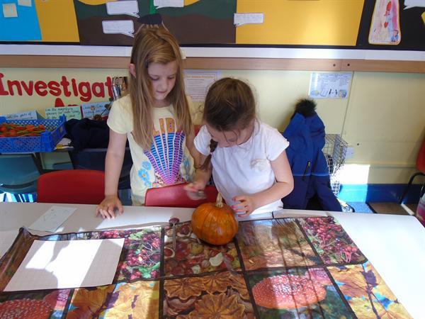 Pumpkin carving - Happy Halloween!