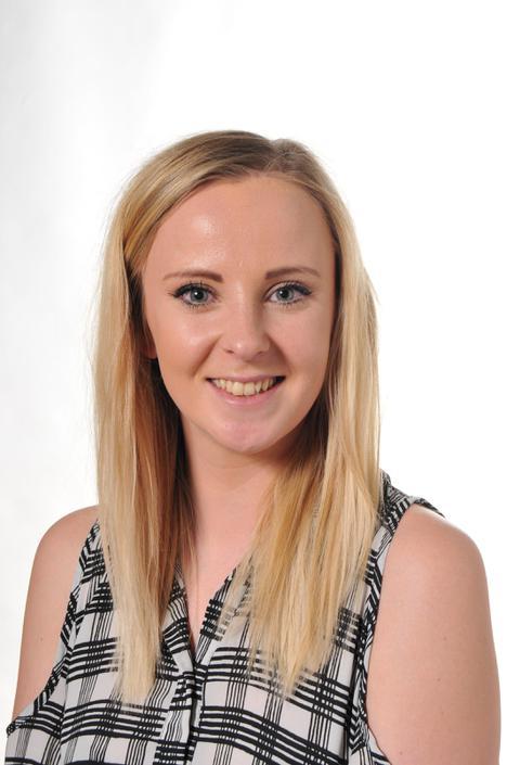 Miss McMunn - UKS2 Leader