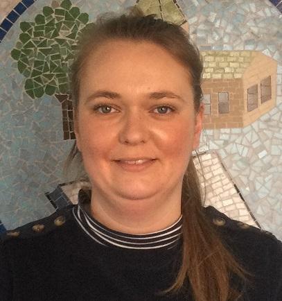 Liz De Oliveira Nursery Teaching Assistant