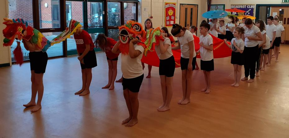 Year 6 Dancing Procession!
