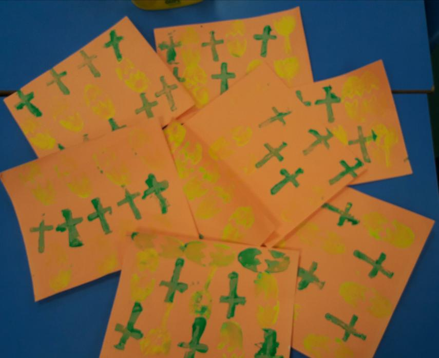 We printed Easter symbols with potatoes!