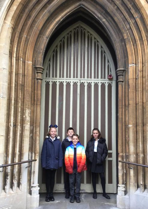 Year 6 helpers arrive ready to prep the church!