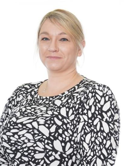 Mrs Tustin, Acting Assistant Head Teacher