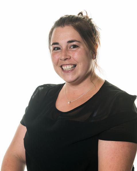 Mrs Cambridge-BAHons Pri Ed & NPQMiddle Leadership