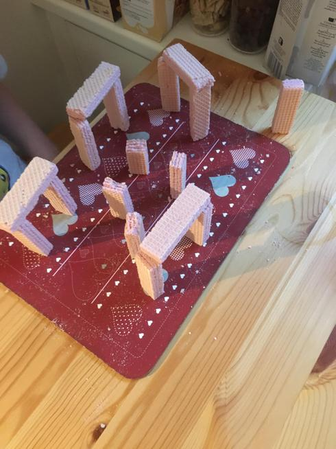 Bailey's pink wafer Stonehenge