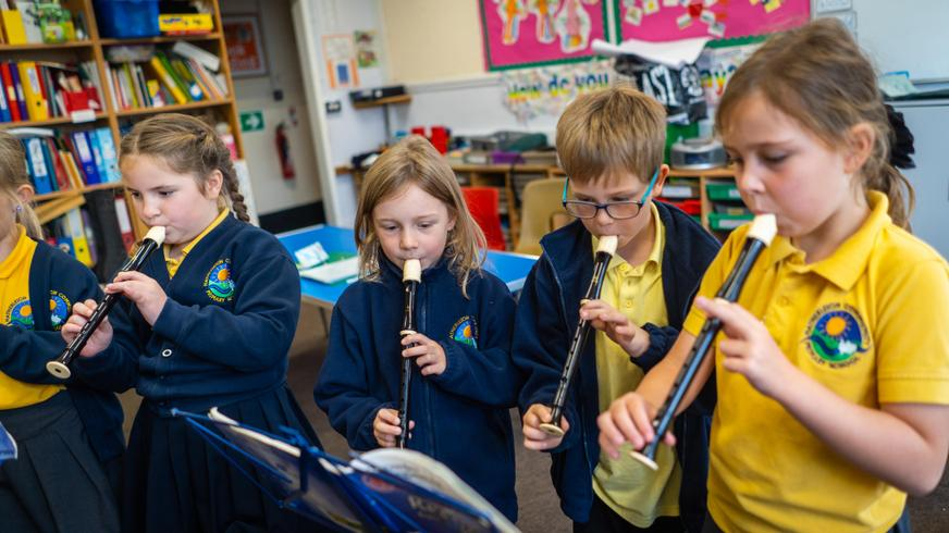 Whole class recorder lessons year 3