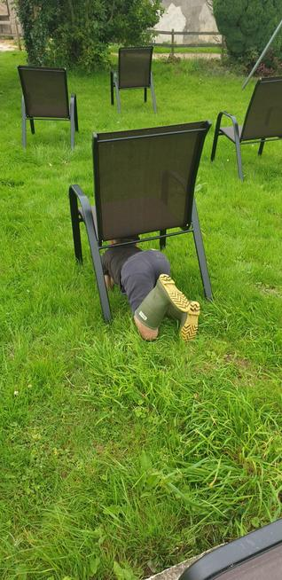 Chair crawl