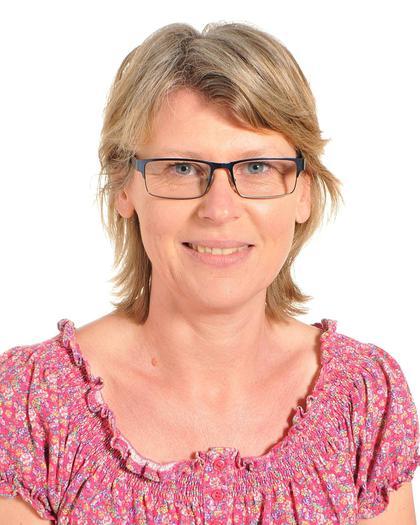 Mrs R Williams Deputy Head & Y3 Teacher