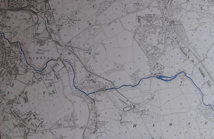 The River Stour through Cradley