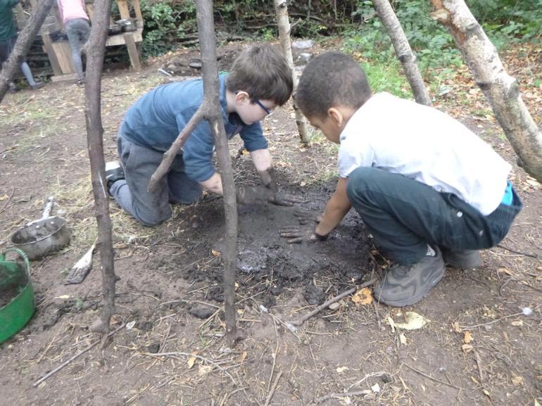 Making daub - mud and straw