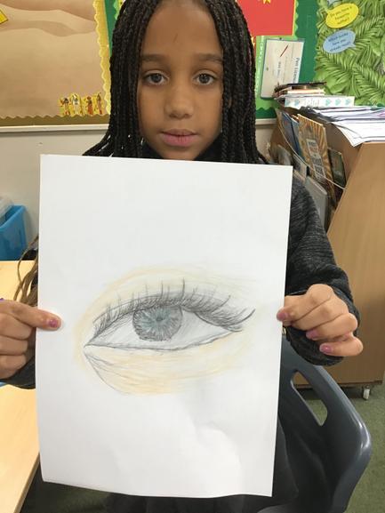 Kaedi's amazing drawing of an eye .