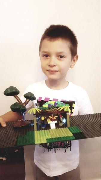 Patryk's amazing Lego Sukkah hut.