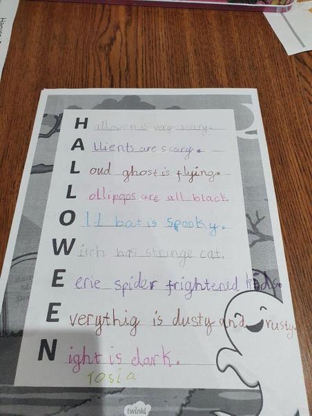 Tosia's eerie Halloween poem.