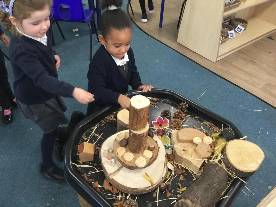 Playing and Exploring with our Autumnal Small World and Loose Parts tray