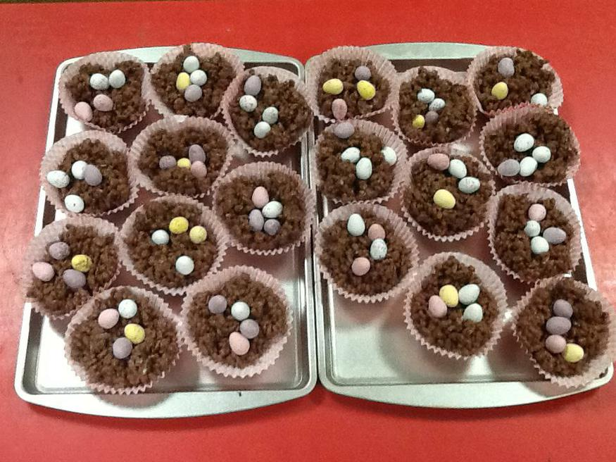 Our 'Easter nest' cakes!