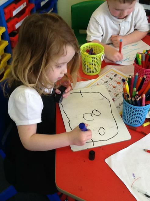 Drawing Mummy!