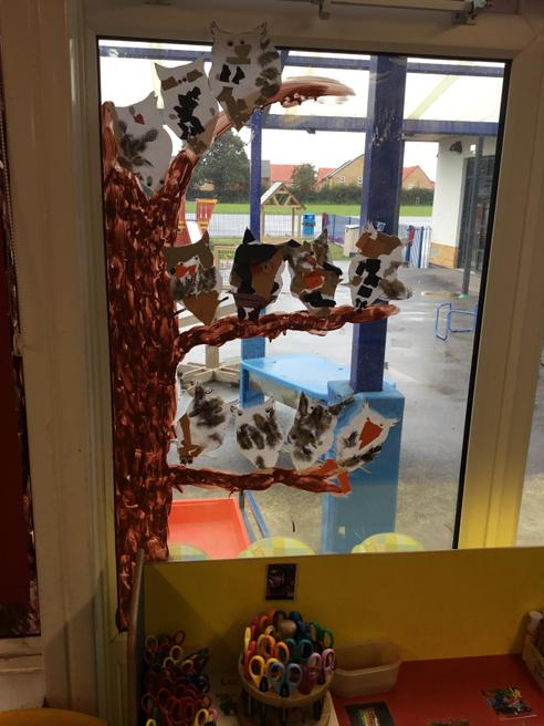 The children have created an owl tree