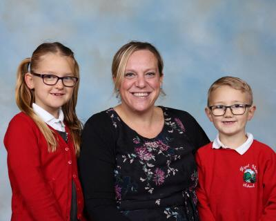 Mrs Davey  Oak Class Teacher